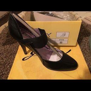 Black Heels 5.5